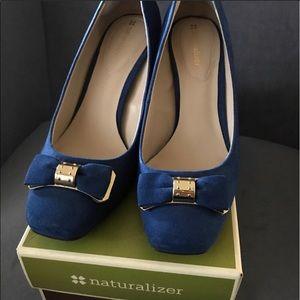 Blue Suede Shoes 👠 Naturalizer | Size 9
